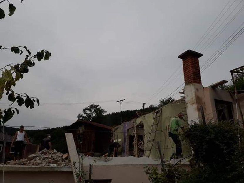 Glas Pazara, potpis: izgorela kuća, Orlje Omerović, poginuo