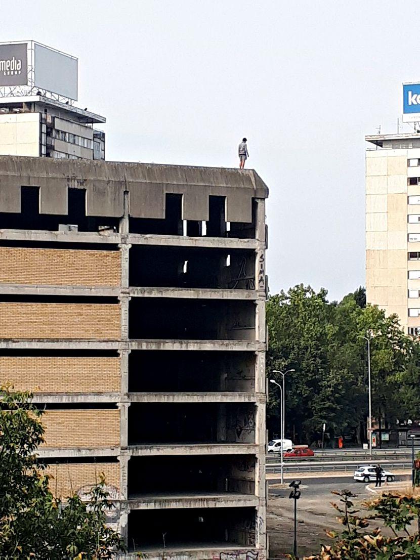 samoubistvo, samoubica, skok, skocio muskarac 29 godina