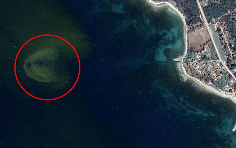 Jadran kanalizacija vidljiva iz Svemira