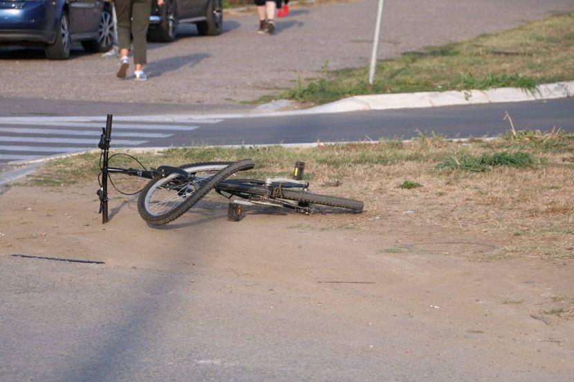 Sudar, fića, bicikl