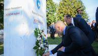 """Ramuš Haradinaj položio cveće na novom spomeniku u Prištini: """"Kosovo pamti 11. septembar"""""""