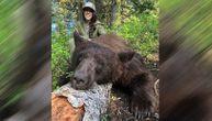 Ubija medvede i vukove i postavlja njihove slike na Instagram: Sada joj stižu jezive pretnje