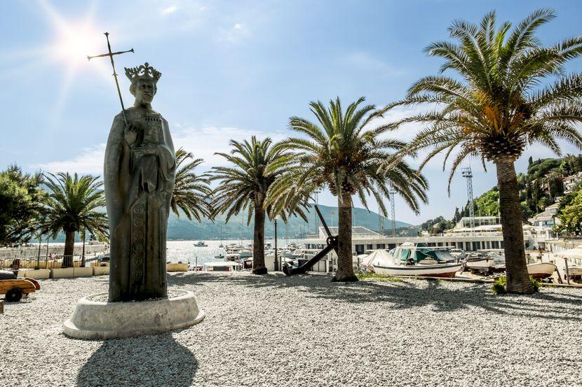 Herceg Novi, trg, panorama grada centar, palma palme