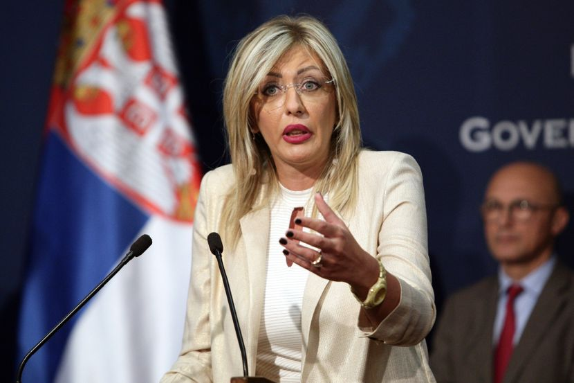 Jadranka Joksimovic UGOVOR EIB MIHAJLOVIC