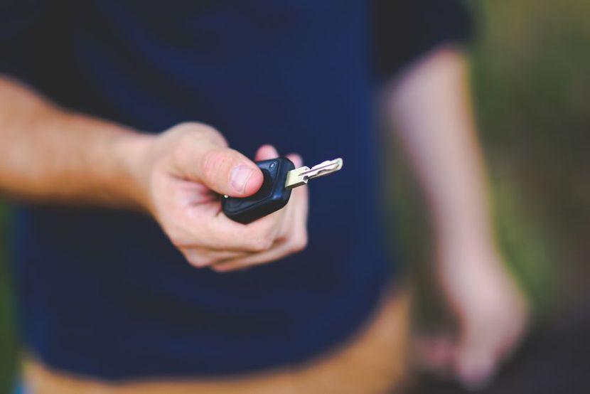 kljucevi-kola-foto-pixabay