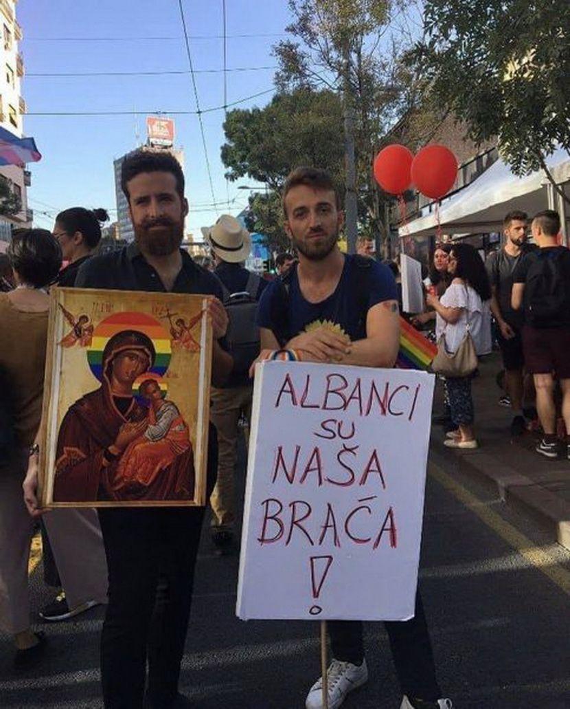Gej Parada Beograd transparent Albanci