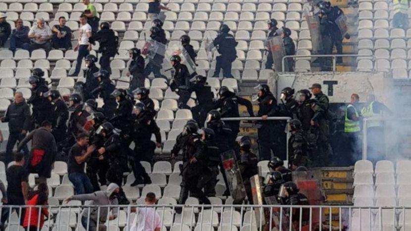 Autokomanda, FK Partizan - FK Crvena zvezda, 161. Veciti derbi, tuča navijača
