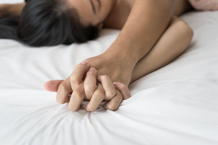 Par u krevetu, sex, seks, romantika