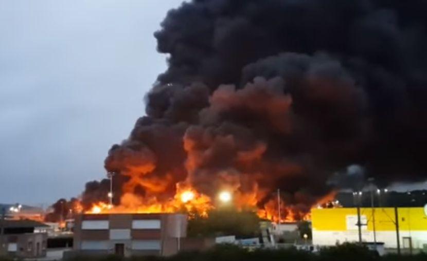 Požar Francuska fabrika hemikalija