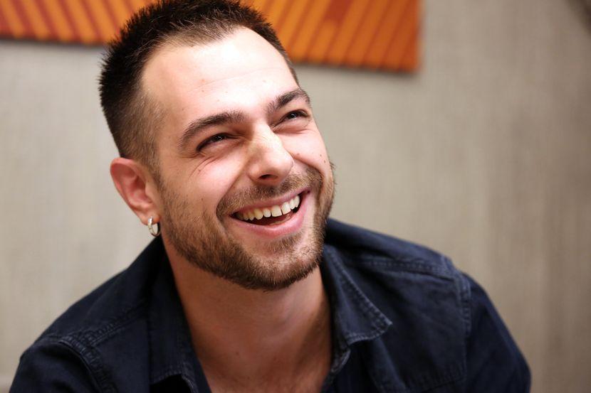 Igor Gleđa, pevač