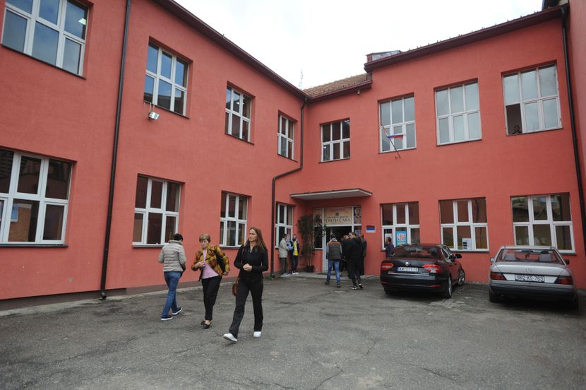 Kosovo i Meothija, izbori na Kosovu