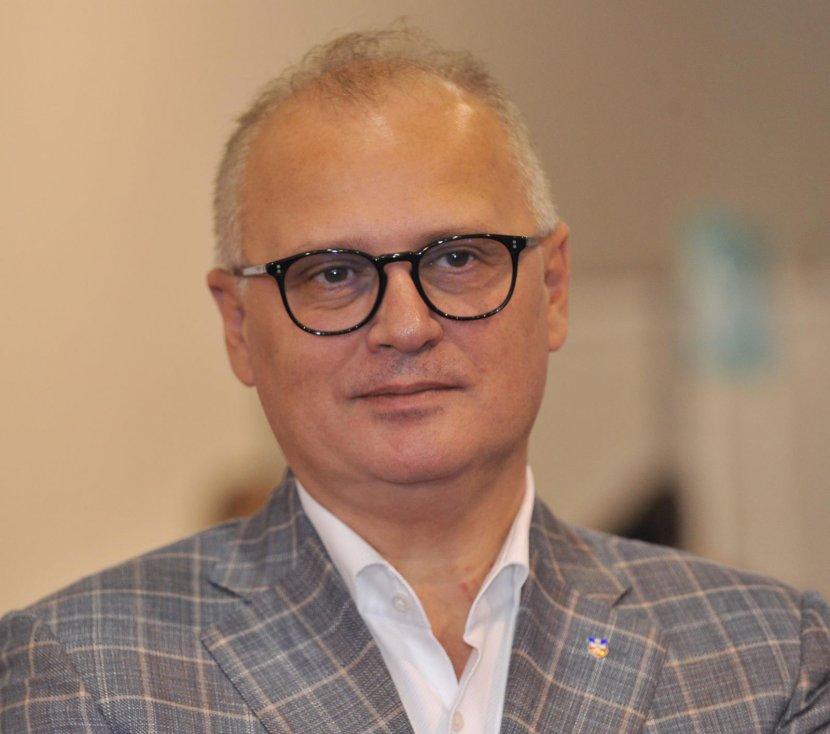 Goran Vesić, Dečji sajam