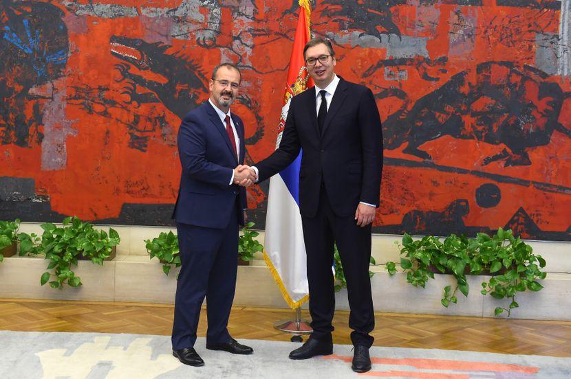 Vučić i Godfri