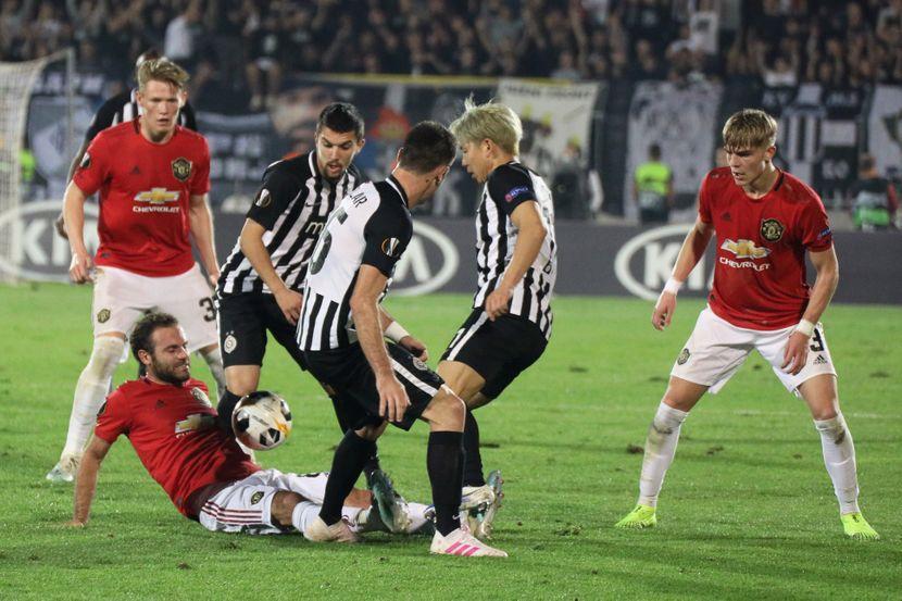 FK Partizan, FK Mančester Junajted, Manchester United