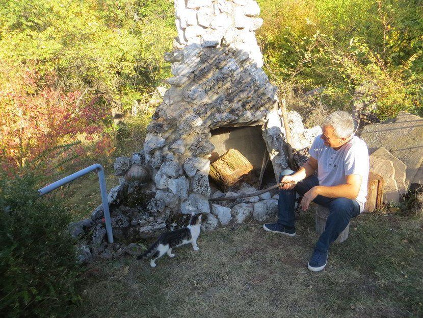 Sićevo, Nišlija napravio kućicu hobita