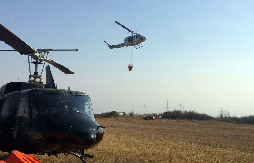 Požar, vatrogasci, helikopter
