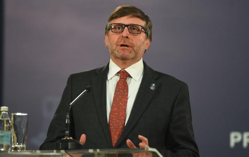 Aleksandar Vučić, Metju Palmer
