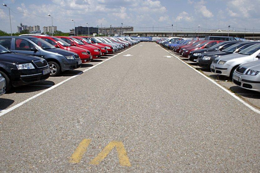 Prodaja službenih vozila