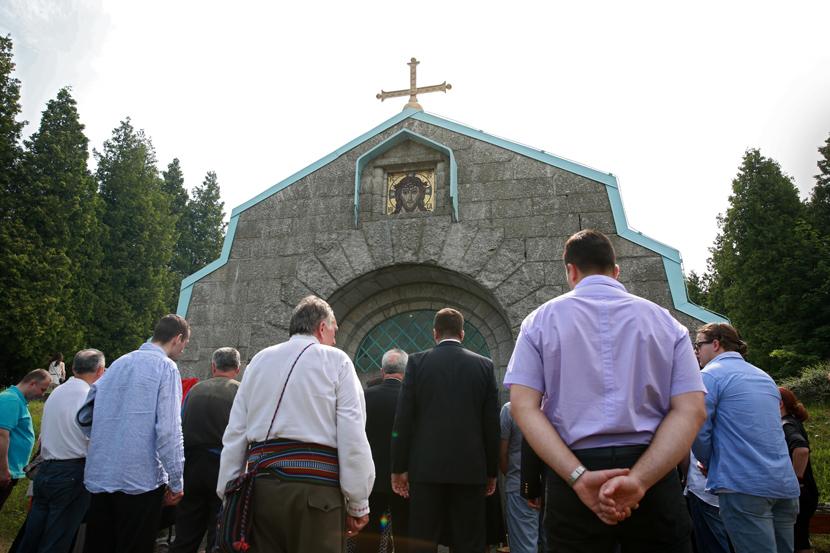 U drugom najvećem mauzoleju srpskih vojnika stradalih u I svetskom ratu, u Jindrihovicama, u Češkoj, održano je, u okviru nedavnih Vidovdanskih svečanosti, opelo zahvalnosti. Foto: Milena Đorđević