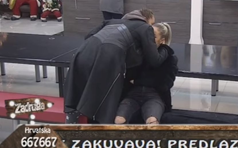 PALO POMIRENJE? Luna prišla Teodori i zagrlila je, a evo šta je Đoganijeva šapnula Džehverovićevoj! (VIDEO)