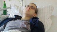 Stefan je otišao kod lekara samo zbog prehlade, a tamo je saznao da počinje borbu za život: Njegovi drugari su snimili video i mole nas za pomoć (VIDEO)