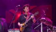 Uprkos protivljenju branitelja, Bajaga održao nezaboravan koncert u Sisku: Hiljade i hiljade ljudi uživalo, zvali ga na bis (FOTO)