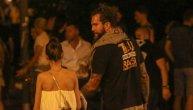 Paparaco:  Raduljica na Exitu sa brinetom, a evo šta je Viktor Savić radio u masi (FOTO)