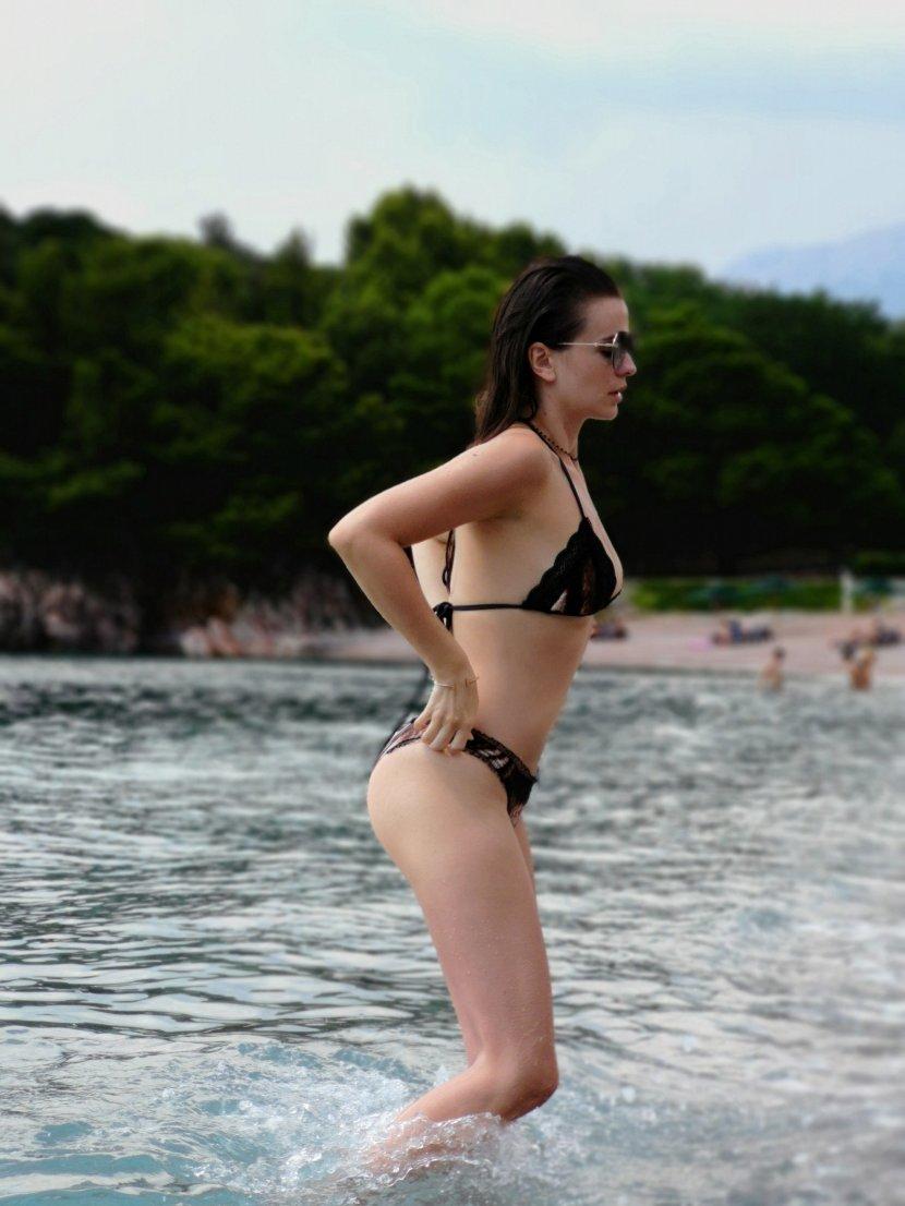 Milica Pavlović, more, kupaći