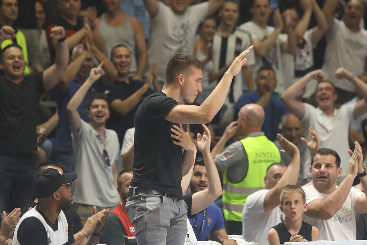 Oglasio se i Bogdan Bogdanović: Majstori, za mene ste uvek šampioni!
