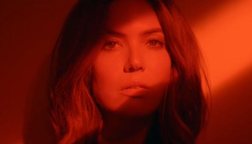 Jedna od najlepših svetskih glumica i pevačica se posle 10 godina vratila na scenu (VIDEO)