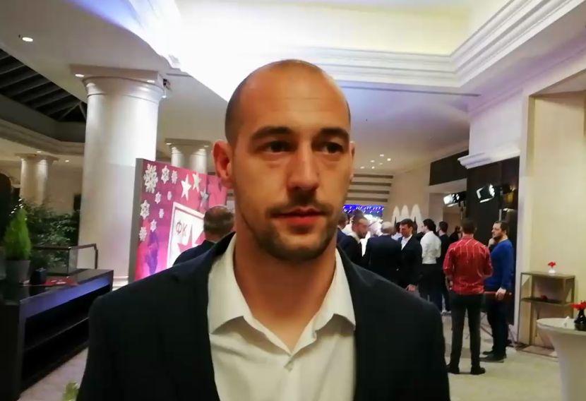 Borjan uporedio dve sezone Zvezde u LŠ, pa prokomentarisao gol sa pola terena!