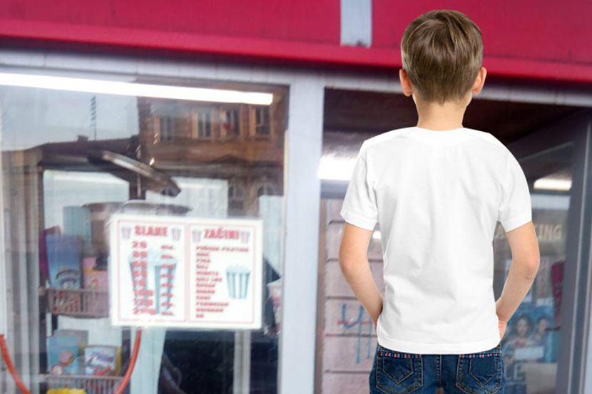 Image result for Mališan kupio kokice u Smederevu i zaboravio kusur: Prodavačica ga danima traži da mu vrati novac