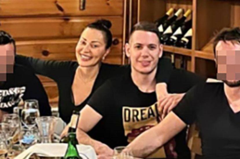 Nove slike Cece i Bogdana! Ona ga nasmejana grli na Jahorini, a još u  decembru se odala ovim potezom - Telegraf.rs