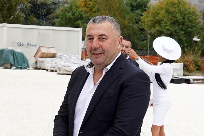 Makarona u prvom redu! Bivši dečko Tamare Đurić došao na njeno venčanje sa Nikolom